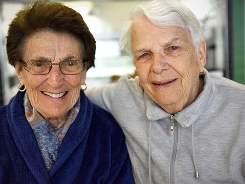 Les aides à destination des seniors et les séjours des aînés